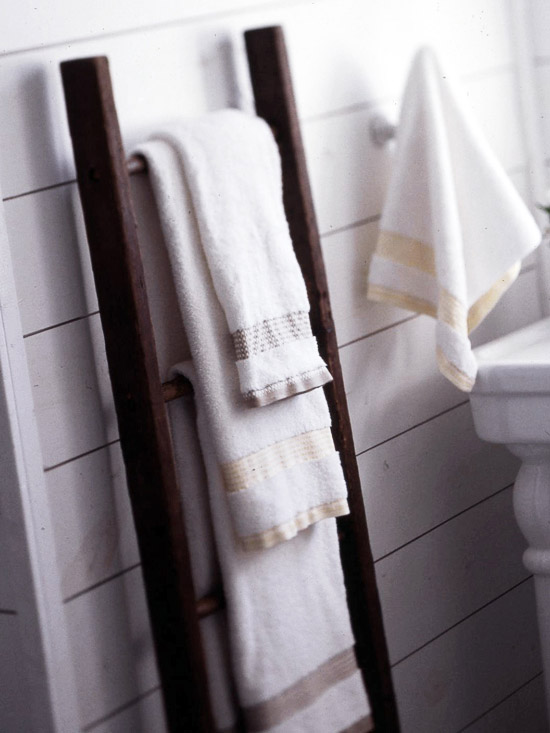 How To Make A Rustic Ladder Hang Towels Blankets