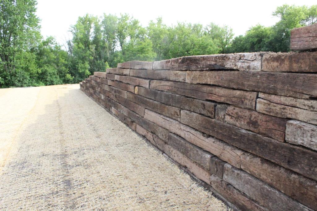 railroad tie retaining wall 12 oaks
