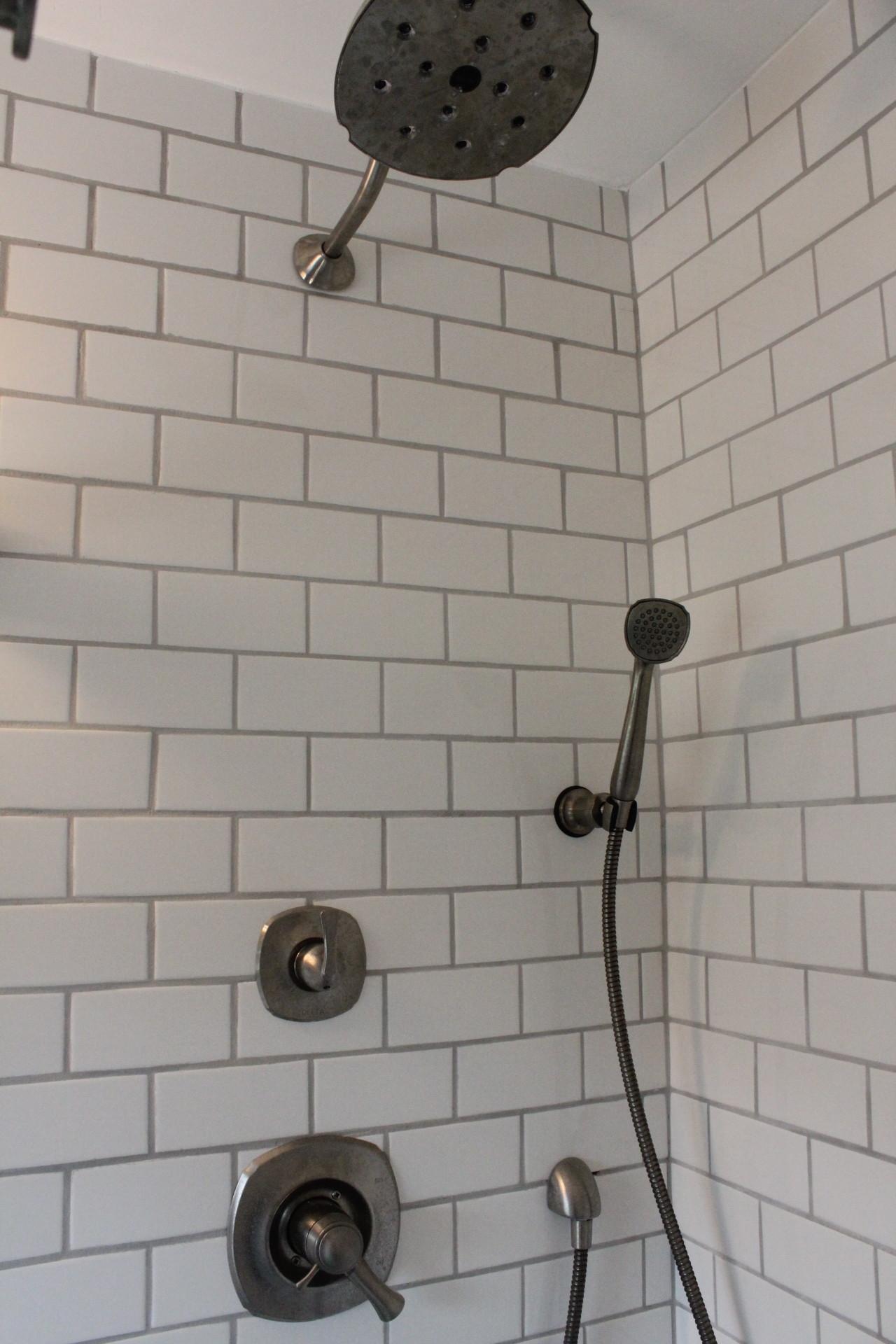 White subway tile shower 12 oaks img5528 dailygadgetfo Images