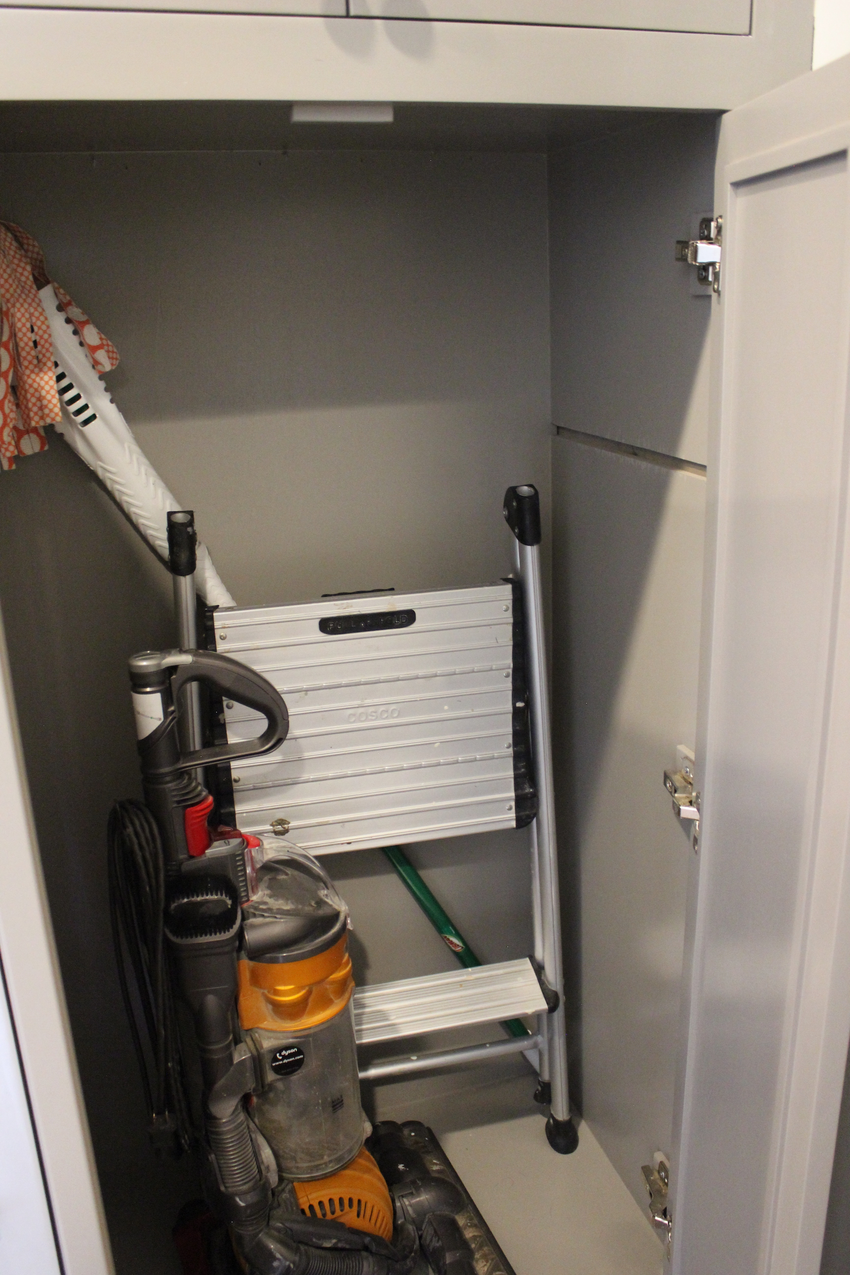 mudroom-vacuum-cabinet