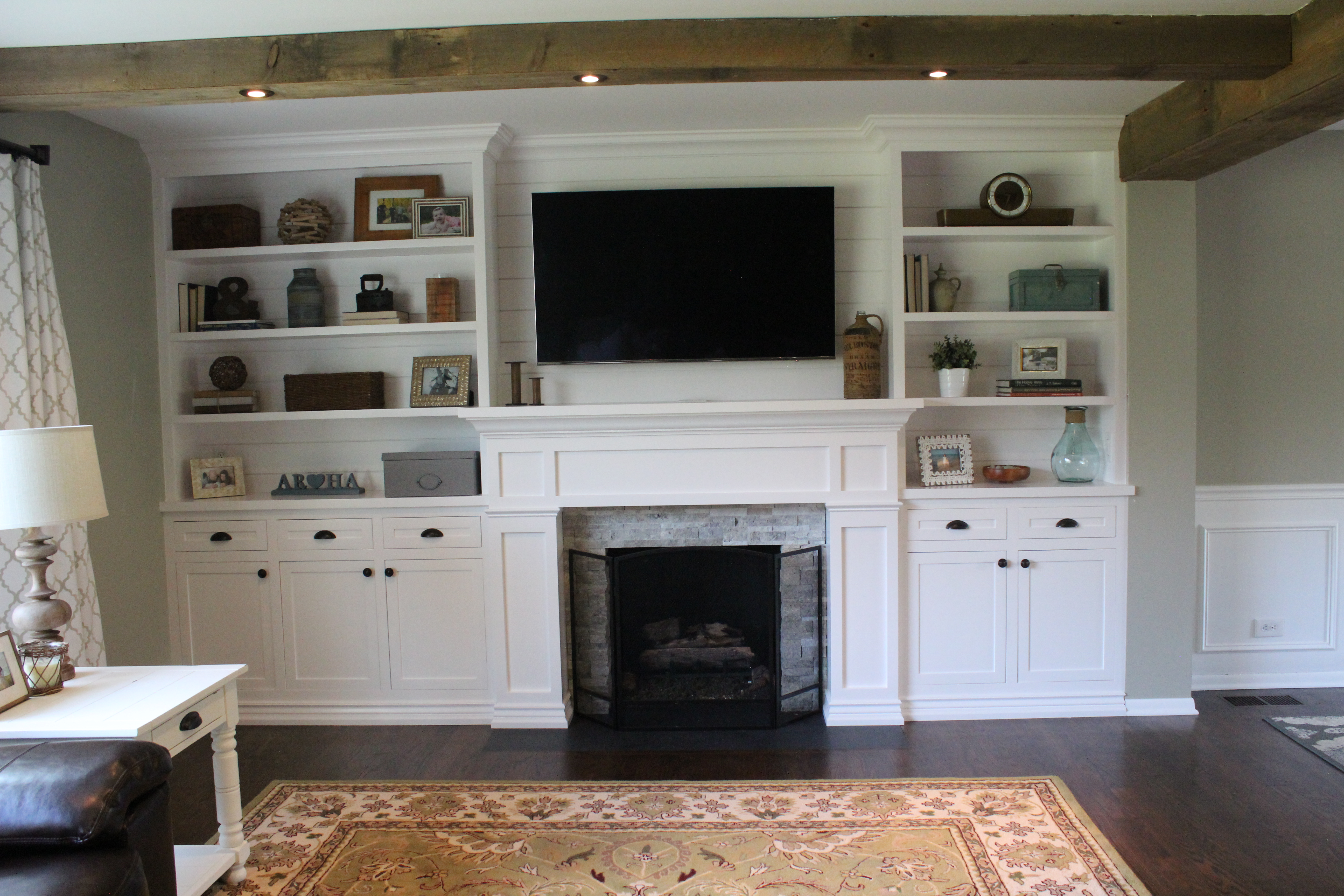 12 oaks two diy addicts transforming a home and 5 acre property in need of some tlc. Black Bedroom Furniture Sets. Home Design Ideas
