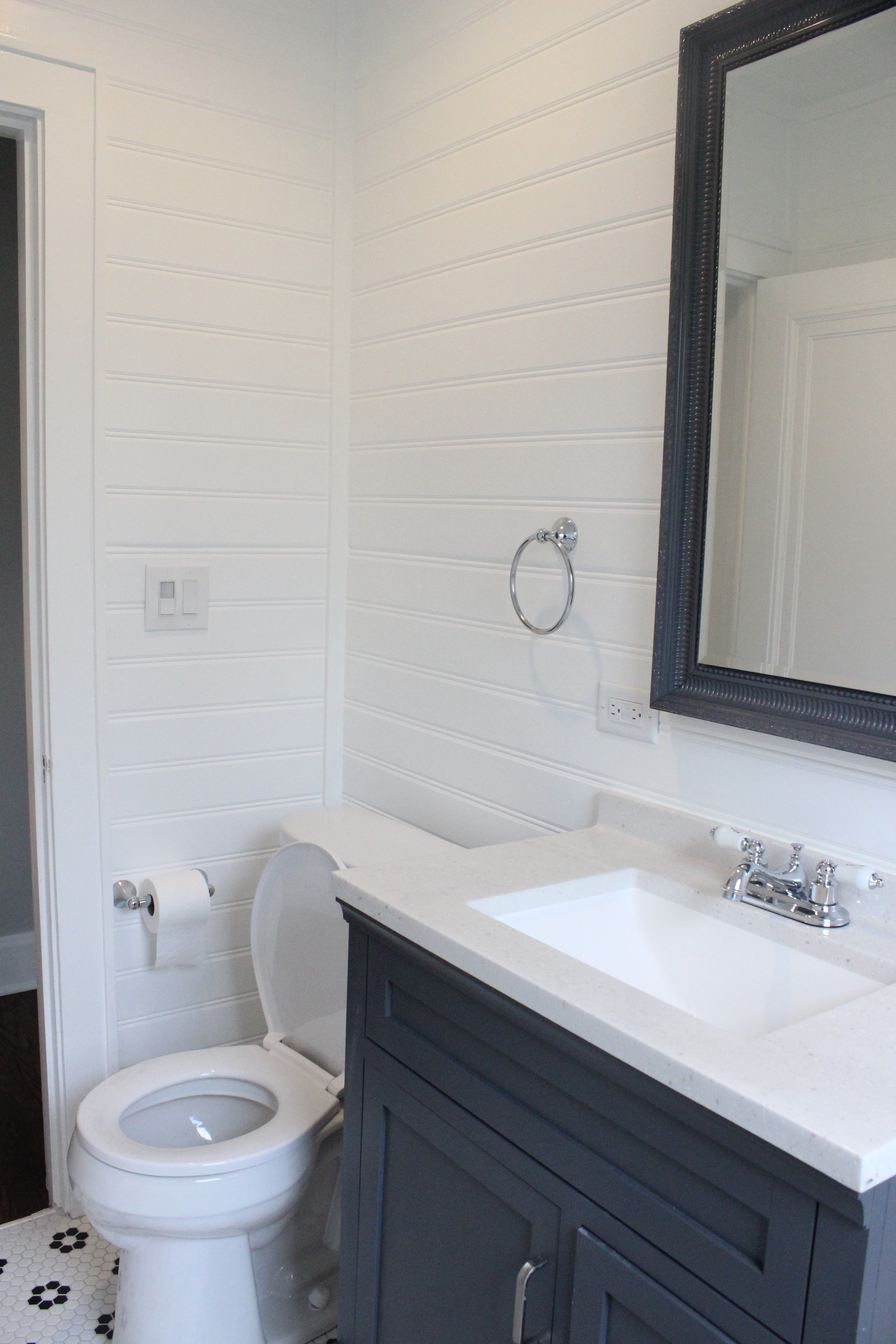 bathroom shiplap